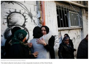 27Nov HP storypage - weepy Palestinians