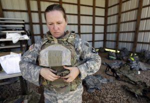 0124_women-combat-624x429